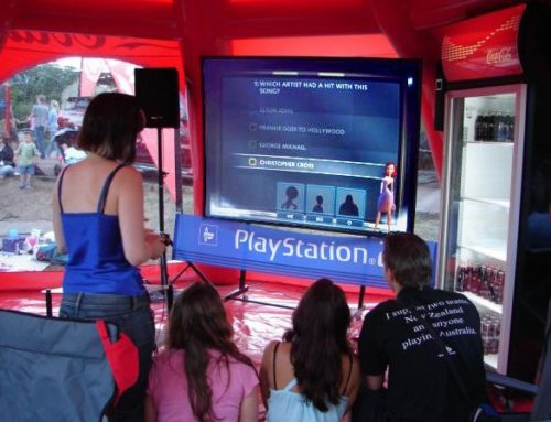 """Solstice"" projection screen with play station"