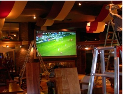 "High Gain Projection Screen ""Solstice"" in Sports Bar"
